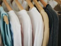 Dzianinowa sukienka – najlepszy sposób na jesienną stylizację