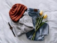 Jak wykorzystać letnie ubrania jesienią i zimą?